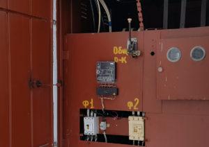 Установленный счетчик электроэнергии с дистанционным снятием показаний расхода